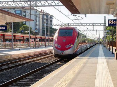 treno alta velocità a Riccione
